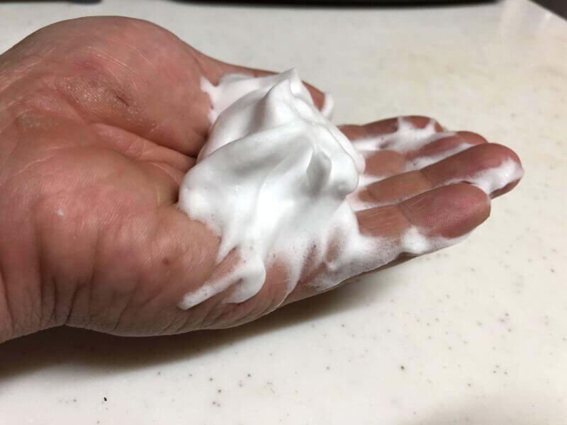 洗顔泡立て器「ほいっぷるん」で出来た泡の画像