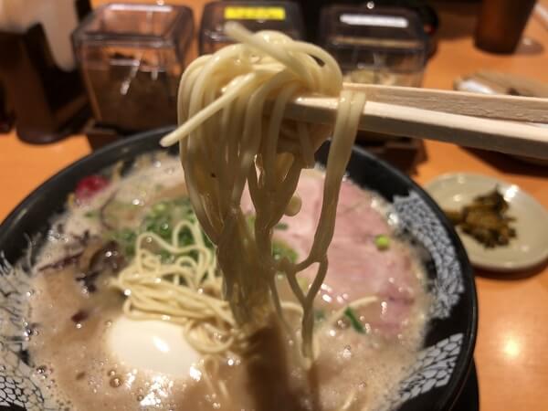 博多一幸舎のストレート麺の画像