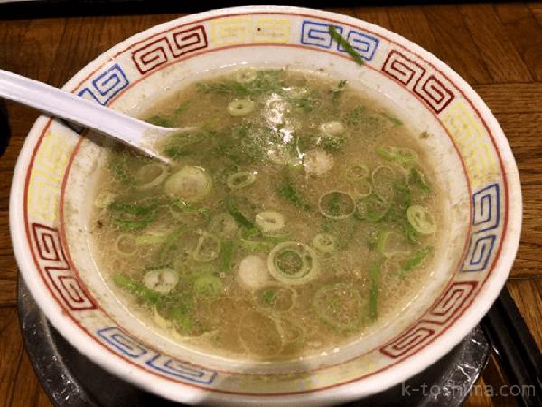 「秀ちゃんラーメン」豚骨スープの画像