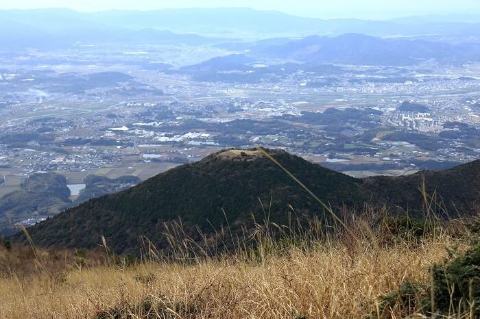 福智山から見る鷹取山