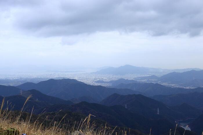 福智山山頂からみた小倉の眺め