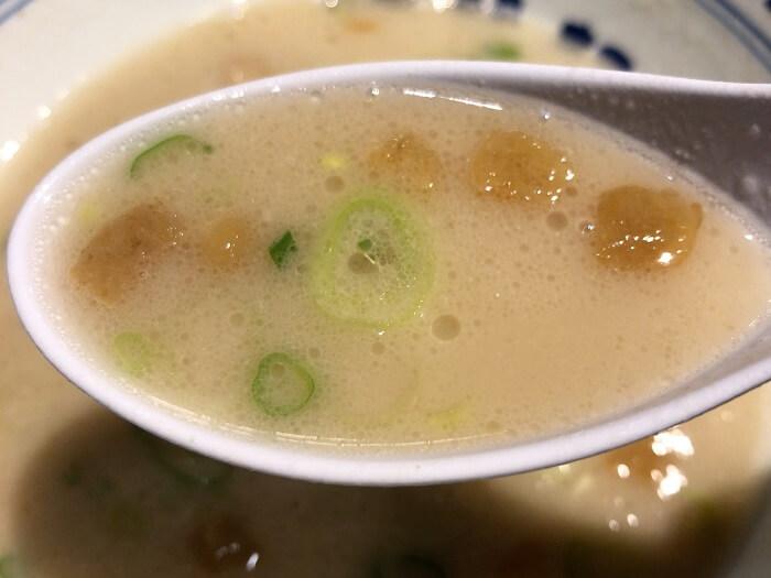 清陽軒 屋台仕込ラーメンの豚骨スープ