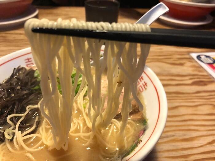 らぁめん鉄兵本店の麺