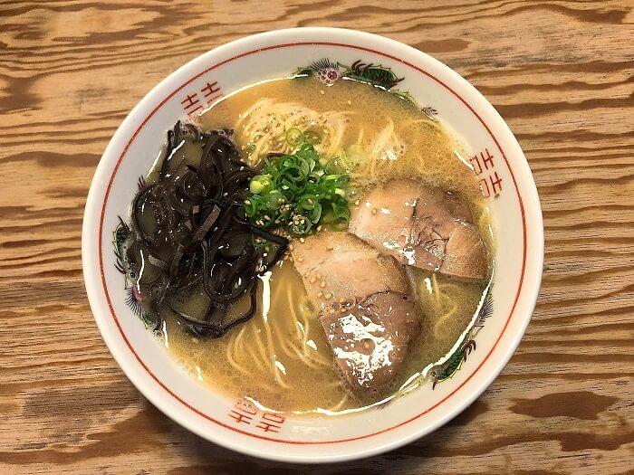 らぁめん鉄兵本店の豚骨ラーメン630円
