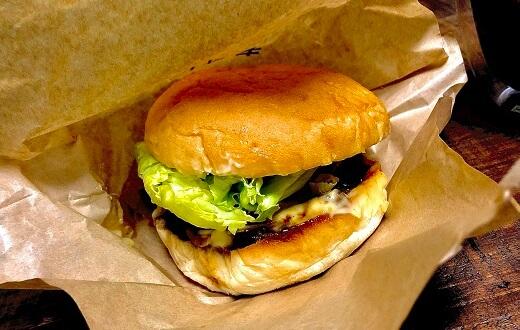 篠栗町 ハンバーガー工房グリングリンのてりたまバーガー